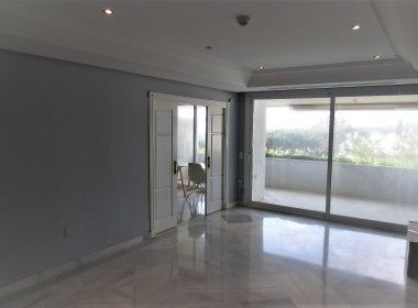 Penthouse for sale golden mile 9